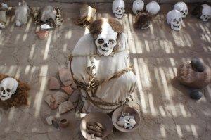 emmitouflés dans du coton - Nazca - Pérou