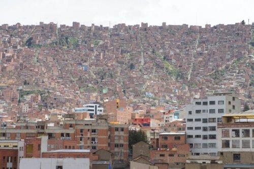 Une colline colonisée - La Paz - Bolivie