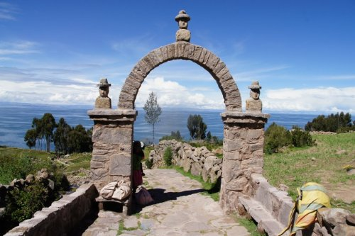 Porche - Taquile- Lac Titicaca - Pérou
