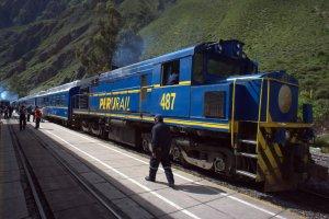 Le Train-train péruvien - Ollaytantambo - Pérou